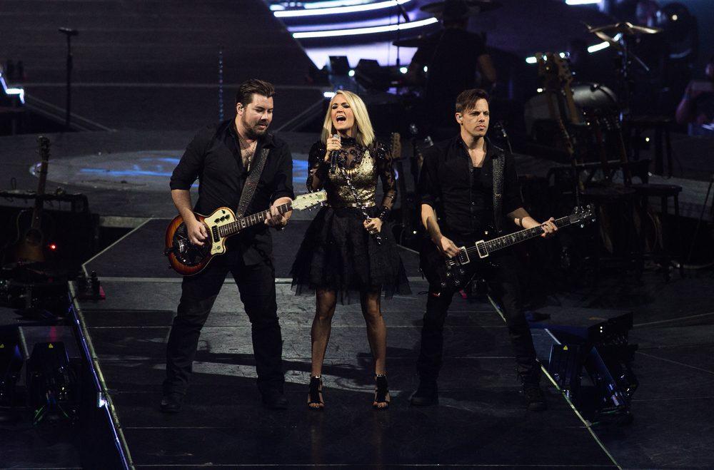 Carrie Underwood Announces Album Details / Sugarland Talks Next Single 'Babe'