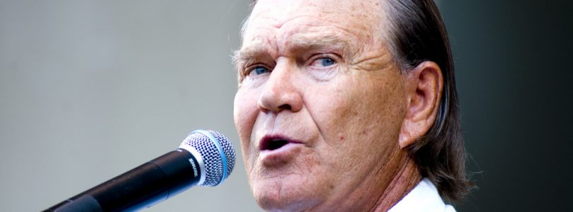 Country Stars Talk About the Loss of Glen Campbell [Listen]