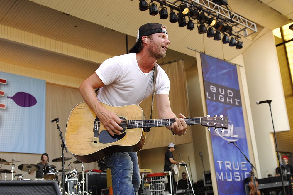 Dierks Bentley Finally Releases 'Burning Man' to radio / Luke Combs talks new music