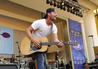 Dierks Bentley Releases Mountain Tour Video [watch] / Thomas Rhett Talks About Grammy Nod