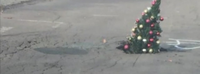 Wilkes Barre Residents get a pot hole fixed with Christmas cheer!