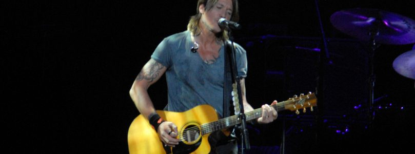 Keith Urban starts Graffiti U Tour / Jason and Darrius talk 'Straight to Hell'