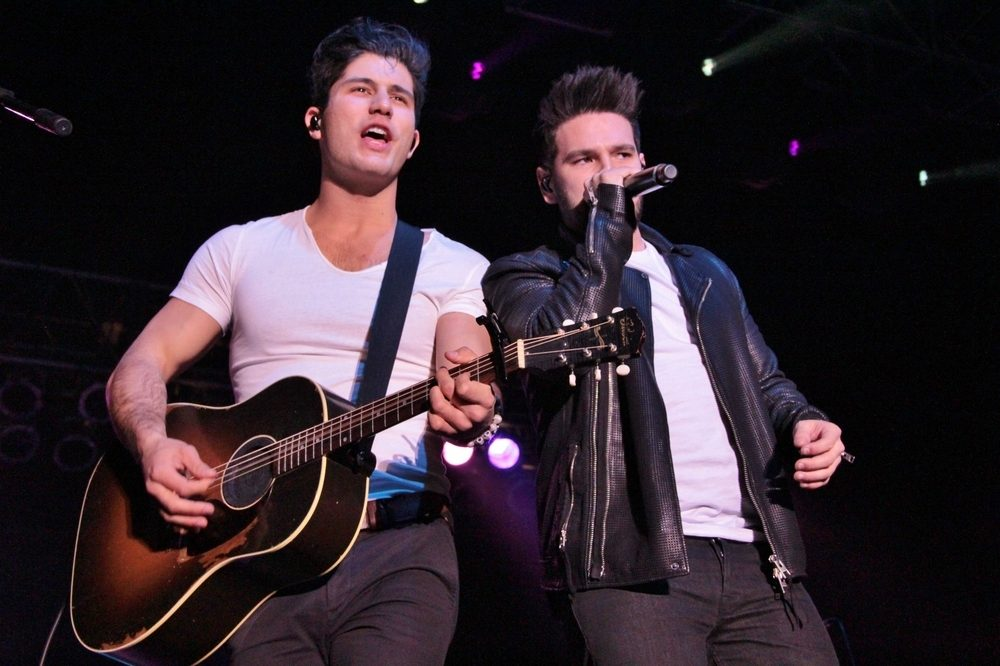 Dan and Shay release next single [watch] / Sam Hunt give a timeline for his next album