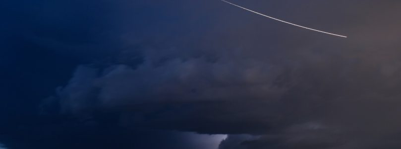 Asteroid Flying Past Earth Tomorrow [watch]