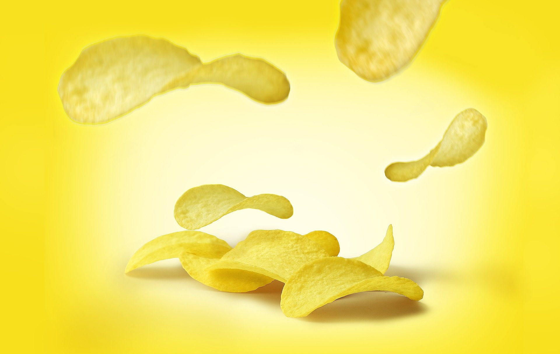 Pringles Makes Thanksgiving Meal in Chip Form [watch]