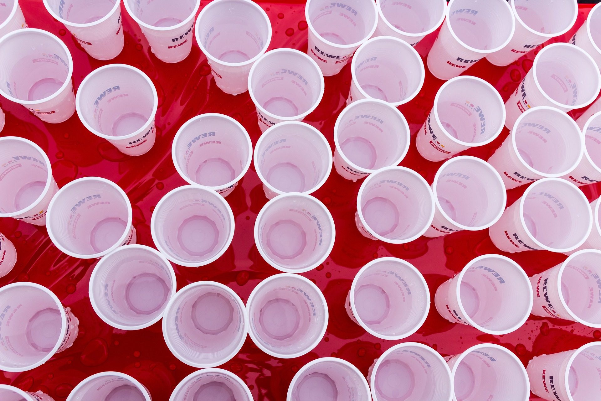 Solo: A Star Wars Movie Pairs with the Red Solo Cup [watch]