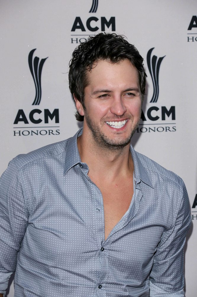 LUKE BRYAN: New Album Comes Out in December