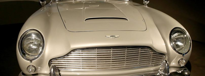 007 will drive an electric car, what would your gadget be?