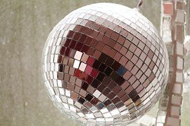 Can Country get another Mirror Ball?