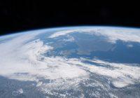 Garth Brooks Talks To Astronauts Aboard The International Space Station (Watch)
