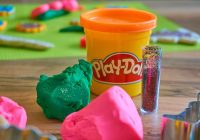 Hasbro Just Officially Trademarked the Smell of Play-Doh