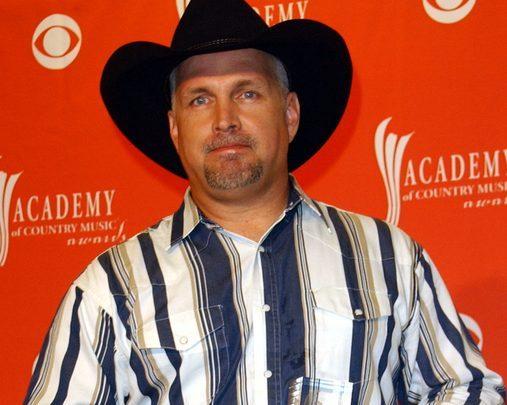 Garth Sets New Record