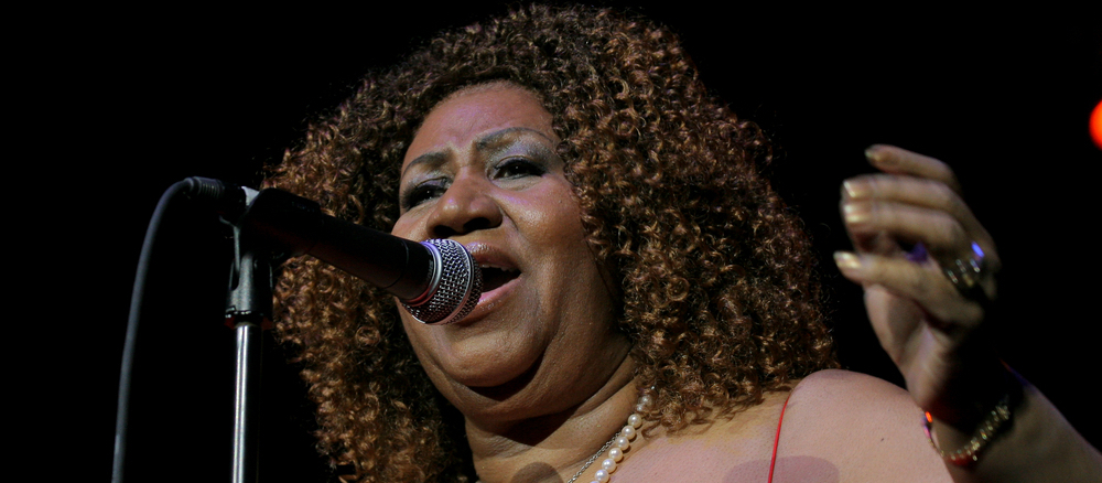 Aretha Franklin set a new music record with a No. 1 in 6 decades